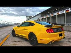Steeda Track Tests 686 rwhp Vortech S550 Mustang GT - YouTube