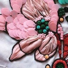 Details | Embroidery | Embellishment
