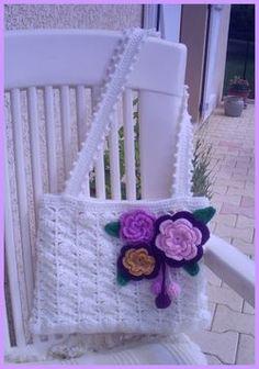 Crochet Wool, Crochet Round, Bead Crochet, Magazine Crochet, Flower Bag, Crochet Purses, Crochet Bags, Crochet Stitches Patterns, Knitted Bags