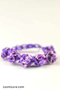 This unique Rainbow Loom Bracelet that we call the Hurdle is a LoomLove original. Rainbow Loom Tutorials, Rainbow Loom Patterns, Rainbow Loom Charms, Rainbow Loom Bracelets, Wonder Loom, Crazy Loom, Loom Band Bracelets, Rubber Band Crafts, Wedding Rings