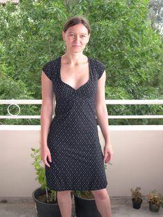 Free burda pattern..looks easy...C Dress – Sewing Projects | BurdaStyle.com