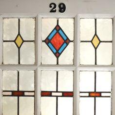 アンティークドア、ヴィンテージドアを専門販売。パイン材・オーク材のアンティークドアを中心に取り揃えております。ドア・建具のことならREANT[レアント]まで。