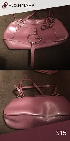 Purse 👛 Adorable light pink patent leather guess purse! Perfect spring color! Small but roomy👍🏼 accented with rhinestones (bling bling) Guess Bags Mini Bags