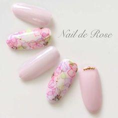 Nail de Roseさんのラウンド パープル 水彩フラワーのネイル