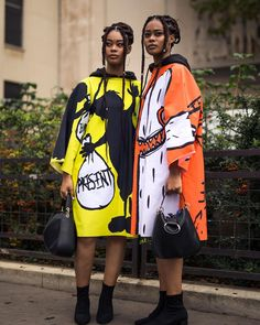Paris Fashion Week Street Style Paris France Matthew Sperzel @sperzphoto http://ift.tt/2yXiFCx . . . . . #parisfashionweek #pfw #streetstyle #pfwss18 #outfitoftheday #fashiondesigner #fashionable #fashionblog #currentlywearing #fashiondesign #fashiondaily #fashiongram #todaysoutfit #whatiworetoday #fashionweek #styleoftheday #fashionaddict #styleinspiration #wiwt #fashionstylist #fashionpost #fashionlovers #fashionphotography