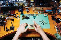 """""""시계의 심장을 카메라에 이식하고 싶습니다"""" Studio 3hands 현광훈 작가 > 이슈   디씨엠카페"""