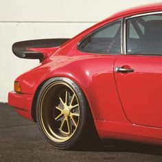 Fifteen52 Wheels on this Porsche