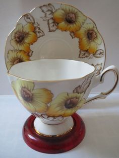 SALISBURY TEACUP AND SAUCER - SUSAN - PATTERN #3290 - YELLOW FLOWERS - GOLD TRIM