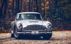Gorgeous Aston Martin DB5 [1680x1050]
