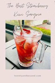 The Best Strawberry Kiwi Sangria - Twenty and Beyond Gin Cocktail Recipes, Sangria Recipes, Cocktail Drinks, Refreshing Summer Cocktails, Easy Cocktails, Strawberry Kiwi, Strawberry Recipes, Whole30 Recipes Lunch, Easy Whole 30 Recipes