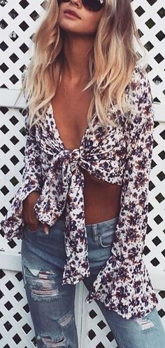 Fall is coming, get your wardrobe ready for this season. Our editors selected the best outfits for the end of the summer. You can share the ones you like the most via Pinterest.