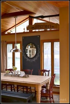DIY::Hanging bistro sign is a great touch to This Beautiful Farmhouse Styles Dining Area ! Painted Entertainment Centers, Cozy Office, Cozy Bathroom, Pallet Designs, Diy Hanging, Floor Decor, Farmhouse Style, Country Style, Cozy House