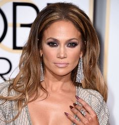 Throwback Thursday.  Not Only Kings Are Charmed By Exuberant Bling.  Throughout the years, we have seen the Lorraine Schwartz diamond mesh statement earrings don Hollywoods finest leading ladies.  Kate Beckinsale, Beyonce, and most recently Jennifer Lopez are just to name a few.  Find out more at http://caellisar.com/not-only-kings-are-charmed-by-exuberant-bling.