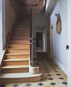 traditional entry foyer & stair hall
