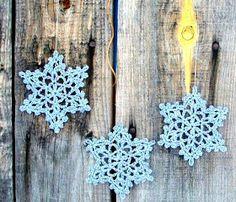 visit our website for the latest home decor trends . Filet Crochet, Crochet Yarn, Tricot D'art, Crochet Decoration, Wall Treatments, Chrochet, Home Decor Trends, Snowflakes, Crochet Earrings