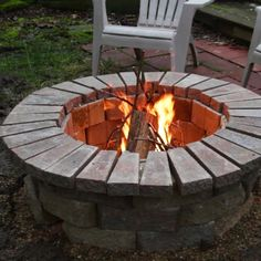 Garden Fire Pit, Diy Fire Pit, Fire Pit Backyard, How To Build A Fire Pit, Small Fire Pit, Modern Fire Pit, Cool Fire Pits, Backyard Patio Designs, Backyard Projects