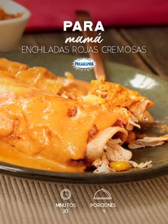 Acompaña ese desayuno con unas ricas Enchiladas rojas cremosas.   #recetas #receta #quesophiladelphia #philadelphia #crema #quesocrema #queso #comida #cocinar #cocinamexicana #recetasfáciles #Enchiladas #salsa #enchiladasrecetas #pollo antojitos