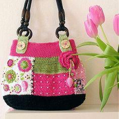 VendulkaM / Květinová láska - háčkovaná kabelka, návod
