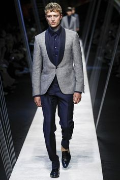 Canali Spring 2017 Menswear Fashion Show
