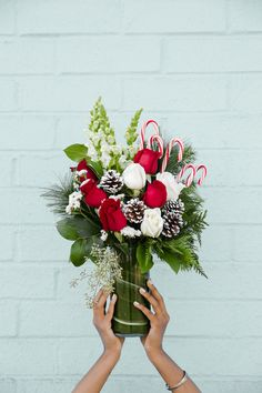 On the seventh day of Christmas my true love gave to me, one beautiful bouquet. frooom The Flowerhut 🎄💐 You can get one too! Give us a call 🤩 Christmas Flower Arrangements, Christmas Flowers, Christmas Centerpieces, Floral Arrangements, Christmas Wreaths, Christmas Crafts, Christmas Stuff, Christmas Time, Fresh Flower Delivery