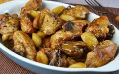 Batch Cooking, Cooking Recipes, Healthy Recipes, Wok, Pollo Recipe, Chicken Thights Recipes, Chilean Recipes, Mediterranean Chicken, Mexican Food Recipes