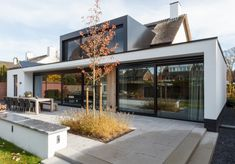 Residential Architecture, Garden Architecture, Architecture Design, Bungalow Extensions, House Extensions, Village House Design, Village Houses, Back Garden Design, Modern Bungalow House