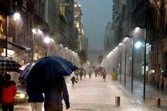 viajaBonito: 5 Consejos para sobrevivir bajo la lluvia en la Ciudad de México