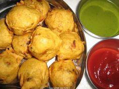 Aloo bonda (S. Indian) (Deep fried spicy mashed potatoes)