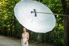 Example of illumination using a 180cm translucent umbrella in reflection, capable of illuminating uniformly the full figure. Nikon D3 + Nikon SU-800, 3 Nikon SB-910 flash heads, Nikkor 70-200mm VRII f2.8G, 1/200sec @ f 2.8, ISO 400, Cloudy WB. Model: Emanuela.