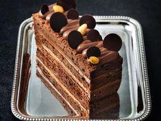 Découvrez la recette de Cake duo chocolat caramel exotique de Nicolas Bernardé avec Femme Actuelle Le MAG