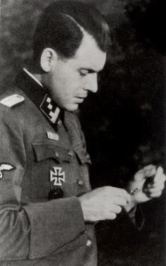 The evil Dr. Mengele, Auschwitz    http://es.wikipedia.org/wiki/Josef_Mengele