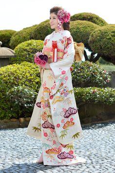 疋田松竹梅 japanese wedding kimono 引き振袖