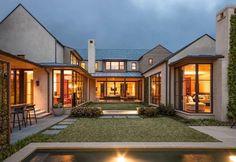 U shaped House Plan with Courtyard