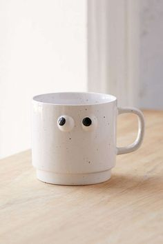 Slide View: 1: Googly Eye Mug