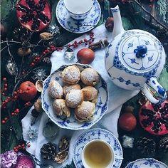 Sunday tea @birgittetheresa #RoyalCopenhagen #BlueFlutedHalfLace #BlueFlutedFullLace