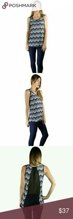 """Chevron Print Top Chevron Print Top With Plain Back Panel.   95% Polyester 5% Spandex * Black/White/Blue * Item Measurements: SIZE: S Length:25"""" Waist:34"""" Bust:32"""" * Pictures are from @haia_pm Tops Blouses"""