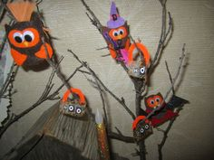 Blissful and Domestic- Thrifty Living and Big Smiles: 10 Frugal Halloween Decor Ideas