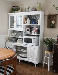Adding a hutch to your kitchen adds so much storage! (image: The Learner Observer)