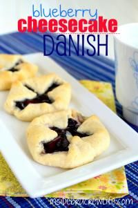 Blueberry Cheesecake Danish is always a family favorite for breakfast #breakfast #danish #blueberry