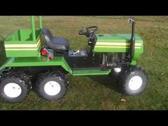 tracteur tondeuse modifier et sa remorque / Tractor mower modify and its trailer - Modern Lawn Mower Trailer, Go Kart Frame Plans, Homemade Go Kart, Tractor Mower, Lawn Tractors, Homemade Tractor, Atv Trailers, Small Tractors, Little Truck