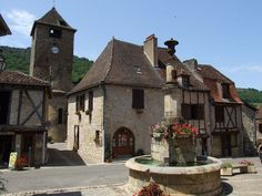 Top 200+ des plus beaux villages de France, le guide touristique ultime