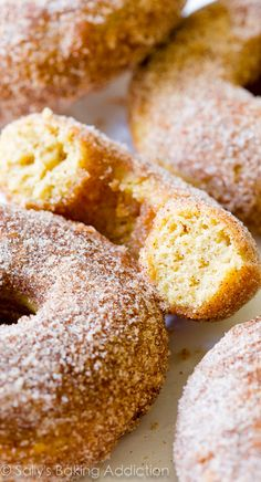 EASY recipe alert! Simple Baked Cinnamon Sugar Donuts beat the bakery any day.