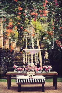 dramatic tablescape at Haiku Mill