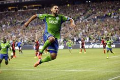 Dempsey scores as #Sounders beat #Timbers 2-0