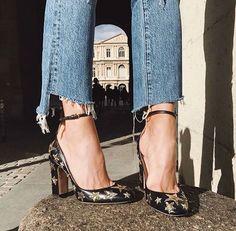 Pinterest @formecomfort Instagram @formecomfort Star Print Heels