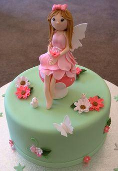 fairy cake for Rylee Fairy Garden Cake, Garden Cakes, Fairy Cakes, Fairy Birthday Cake, Baby Birthday Cakes, Birthday Ideas, 3rd Birthday, Cake Icing, Fondant Cakes