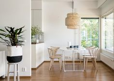 Bo LKV White Walls, Interior Styling, Kitchen Dining, Neutral, Table, Photos, Furniture, Home Decor, Off White Walls