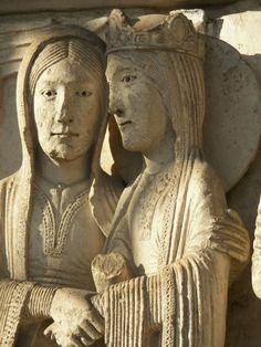 Le portail Royal de la cathédrale de Chartres. Édifié vers 1145-1150.
