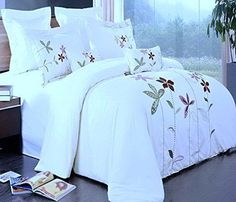 Modern Hotel Style White Purple Embroidered Floral 100-percent Egyptian Cotton Duvet Comforter Cover and Shams Set with Dcorative Pillows -  Give the 5-stars Hotel Look to your bedroom  #purple white duvet cover - #floral purple bedding