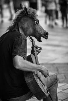 People in Geneva, Switzerland (legendary horseman) - a photo by André Azevedo
